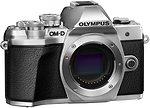 Фото Olympus OM-D E-M5 Mark III Body