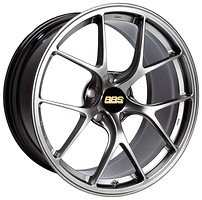 Фото BBS RI-D (11x20/5x114.3 ET15 d66) Diamond Black