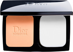 Фото Christian Dior Diorskin Forever Extreme Control Compact Perfect Matte Powder SPF20 PA+++ 010 Ivory