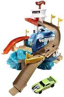 Фото Mattel Hot Wheels Трек Охота на акулу - Измени цвет (BGK04)