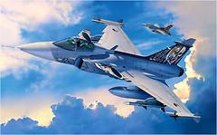 Фото Revell Saab JAS 39C Gripen (RV04999)