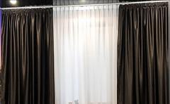 Фото Ламбрекен-ателье Штора блэкаут коричневая 300x270